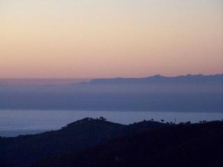 An klaren Tagen sieht man Korsika